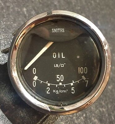 Smiths Oil Pressure Gauge.