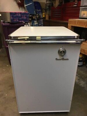 Vintage General Electric Mobile Maid Power Shower Dishwasher