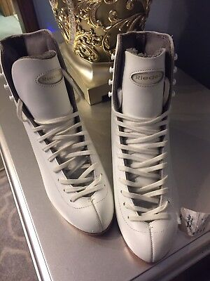 Riedell Silver Star Figure Skating Boots 5A New