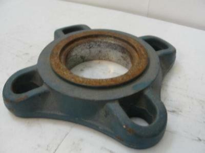 "26004 Old-Stock, MFG- R/S A1050T Bearing Housing 2-1/2""ID"