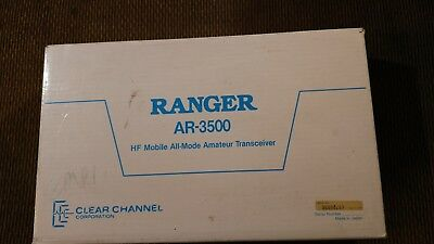 CLEAR CHANNEL COMMUNICATIONS RANGER AR-3500 10 Meter radio