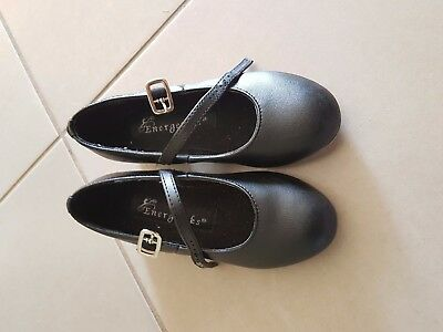 Girls tap shoes black size 9