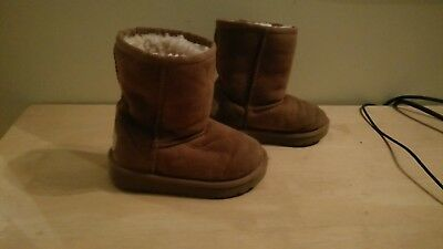 Ugg boots size uk 7 toddlers