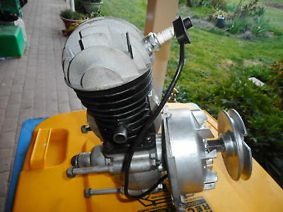 Victa 18 Motor, Rebuilt Where Needed, Rebored Cylinder, Complete  040Piston,used
