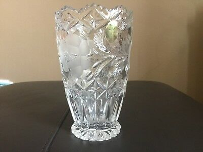 Beautiful Vintage German DRESDEN Hand Cut 24% Lead Crystal Vase