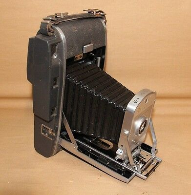 Vintage Photography Polaroid 150 Land Camera Great Display Piece