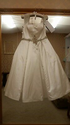 wedding dress size 18 VK new