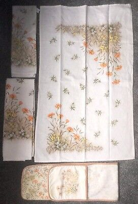 Vintage St Michael Field Flowers - Tea Towels And Oven Gloves