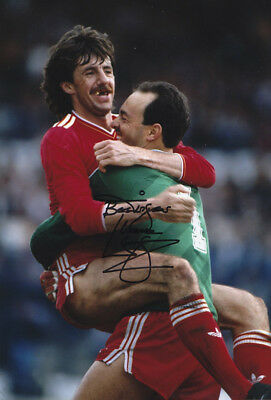 *REDUCED PRICE* HAND SIGNED 12x8 PHOTO LIVERPOOL 1986 MARK LAWRENSON