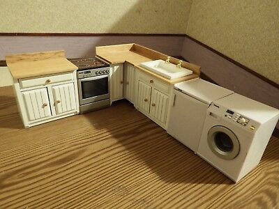 doll house pine/white corner kitchen+ fridge/light+sound cooker/washer  1.12th