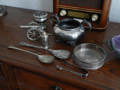 Collection of 8 pieces of Hallmarked Silver Plate