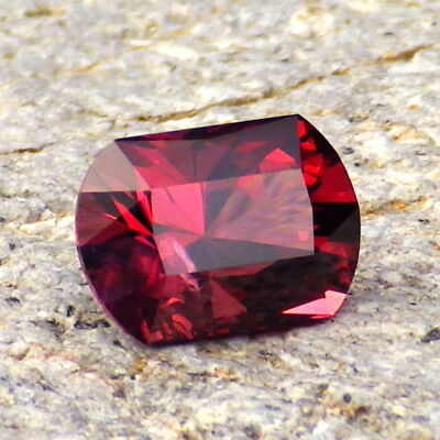 PYRALSPITE GARNET 3.28Ct CLARITY SI2-EXTREMELY RARE AND BRIGHT COLOR-FOR JEWELRY
