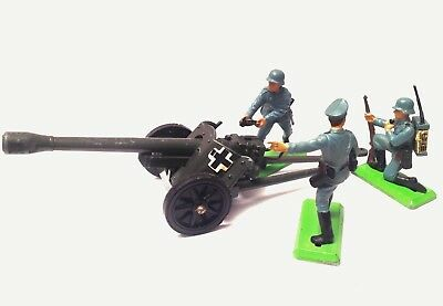Britains Deetail - 9732 Ww2 German Pak 38 Field Gun + Crew *world Ship*