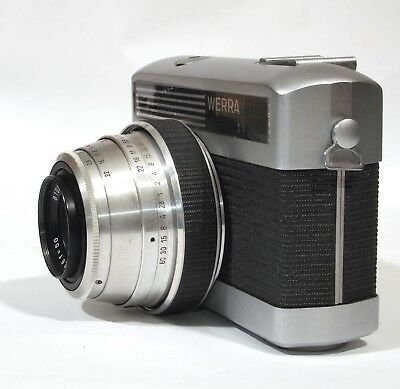 Zeiss Werra 1 and box, and an assortment of photographic bits and pieces