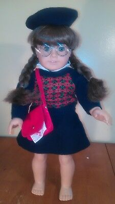American Girl Doll Molly W/accessories (Retired)