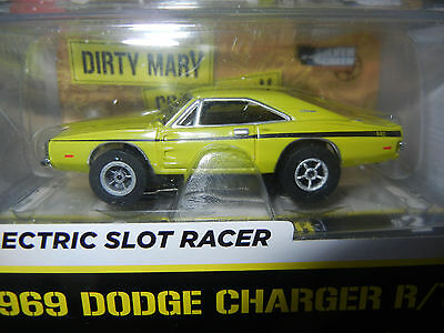 Auto World '1969 Dodge Charger R/T Xtraction Release Slot Car