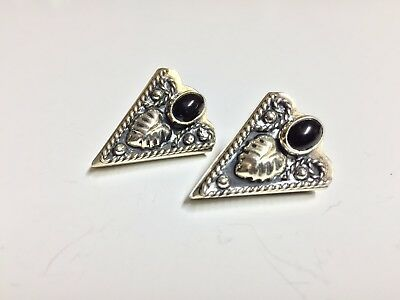 Vintage Mexican Alpaca Silver Western Style Collar Tips With Black Gemstone