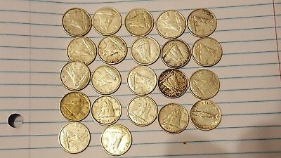 (22) Canadian Silver Dimes-various dates