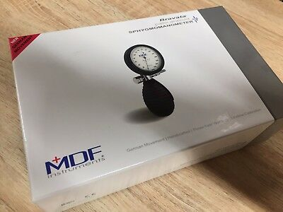 new MDF848XPD12 Bravata Palm Sphygmomanometer Blood Pressure Monitor Grey MDF