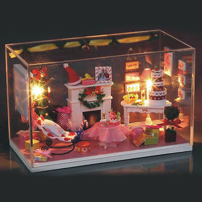DIY Wooden Dolls House Miniature Kit with Light Furniture XMAS Christmas Decor