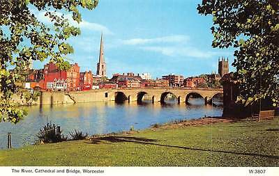 Worcester, Cathedral and Bridge, The River