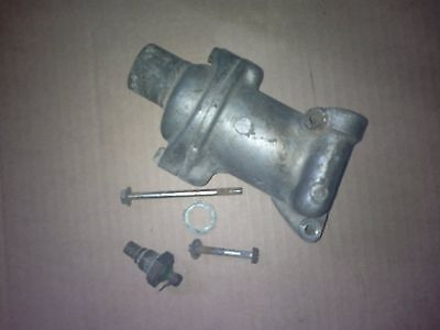 Honda s800 body thermostat with thermostat unit