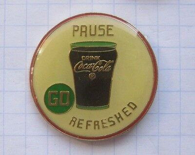 PAUSE COCA-COLA / REFRESHED   ..................Pin (140h)