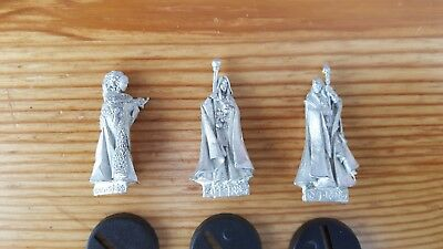 3 Wizard miniatures from Red Box Games