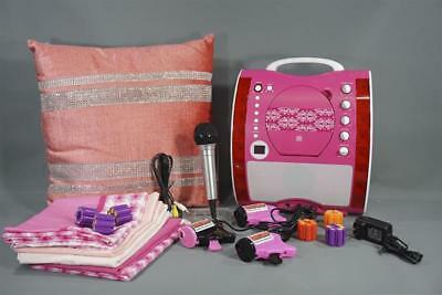 Scream Queens The Chanels Screen Used Slumber Party Set Ep 205