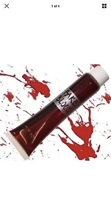 Fake Blood Halloween Red Vampire Zombie Face Make Up Theatrical Fun Fancy Dress