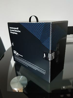 Samsung gear vr with controller new in box  (Blackpool )