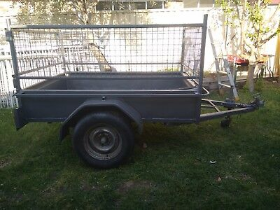 Box Trailer (2 x1.5) with 600mm cage