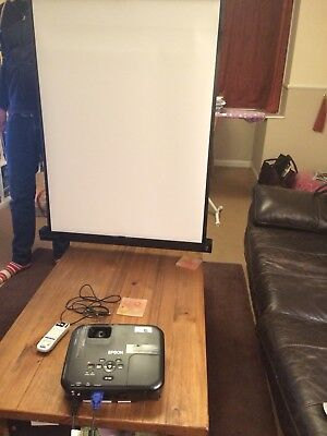 Epsom EBS02 Projector with Screen - Boxed and Brand New!