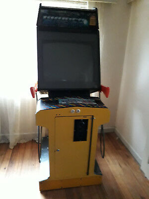 Arcade Machine Two player Extreme Hunting & Ranger Mission takes $1 & $2 coins