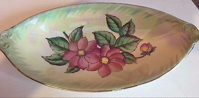 maling china 'dahilia' dish with pearl sheen