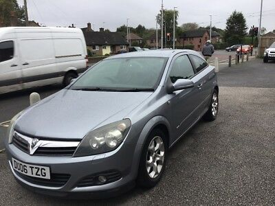 Astra 1.4 SXI three door coupe beautiful condition