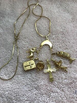 """Vintage Charm Holder With 6 Charms / Monet/ Napier ~ 24"""" Chain ~ All Nice !"""