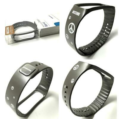 """Samsung Galaxy Gear Fit Black Silver """"Limited Edition By Moschino"""" (Gray And Fea"""