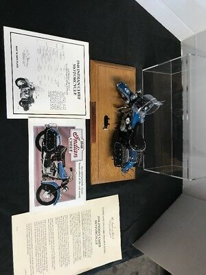 Danbury Mint 1948 Indian Chief Motorcycle 1/10 scale NICE LOOK 👀 W/CASE