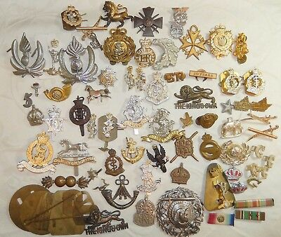 LARGE JOB LOT MILITARY MEDALS BUTTONS BADGES Etc - GOOD COLLECTION