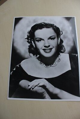 Judy Garland - Vintage  Photo With Snype