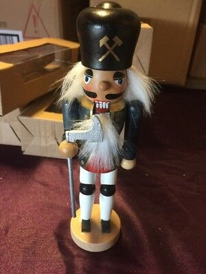Christmas Nutcracker Soldier Decoration- Wooden - 17.5cm Style A