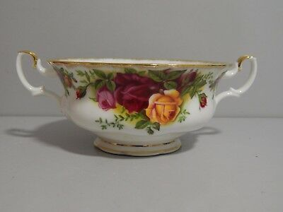 Vintage Royal Albert Old Country Roses Soup Coup early 1962, unused