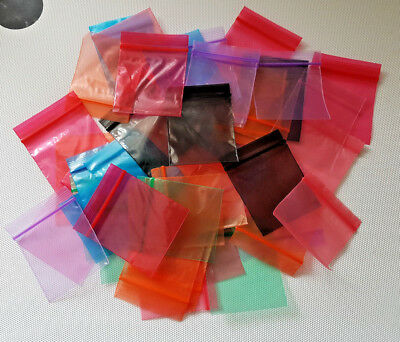100 small all sizes plain/coloured/Gripseal /Ziplock Baggies/bags Mixed colours