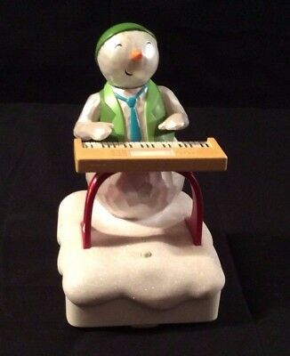 Hallmark Musical Snowman Plays the Keyboard 2010