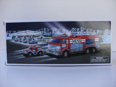 Hess 2005 Emergency Truck With Rescue Vehicle New In Box