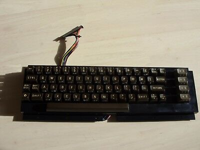 UK Keyboard for 'breadbin' Commodore 64 - Tested: working
