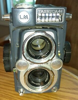 Yashica 44 LM, 60mm 3.5 lens. case & strap. Tested meter working
