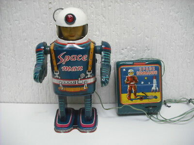 space man space command