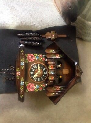 Black Forrest Musical Cuckoo Clock with Night Shutoff  Very Good Condition